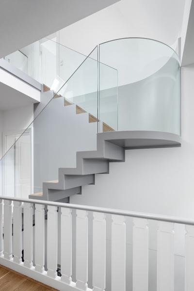 e14-neue-treppe-seite_400